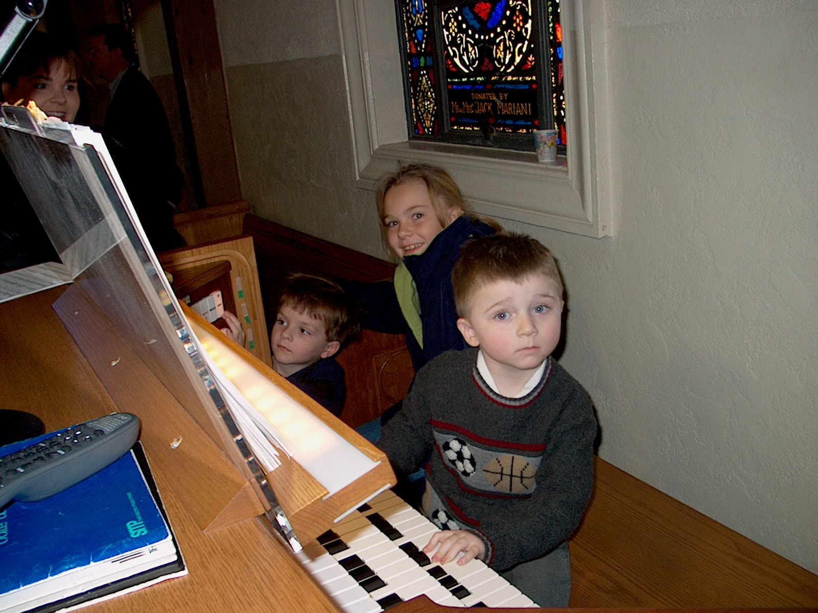 Kids at SJC Organ
